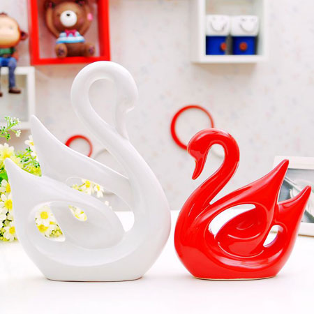 Porcelain Couple Swan Ornaments Pottery Decor For New Couples Home